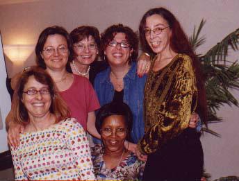 Les représentantes d'organisations francophones qui participaient aux rencontres pan-canadiennes organisées par Womenspace